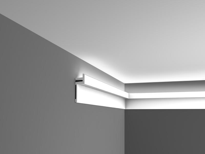 Corniche plafond luxxus orac decor pour eclairage indirect c82 for Decoupe angle corniche