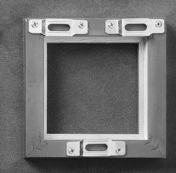 systme de fixation pour cadres et tableaux fixation cadre sans trou avec accrocher un cadre. Black Bedroom Furniture Sets. Home Design Ideas
