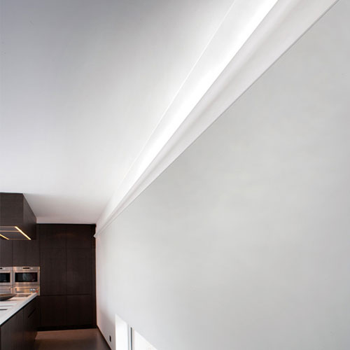 corniche moulure de plafond axxent orac decor pour eclairage indirect c364. Black Bedroom Furniture Sets. Home Design Ideas